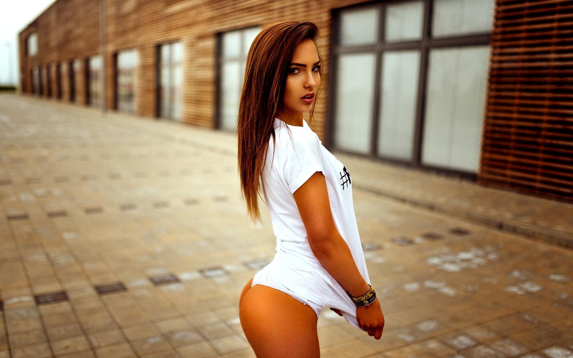 http://s8.uploads.ru/046Un.jpg