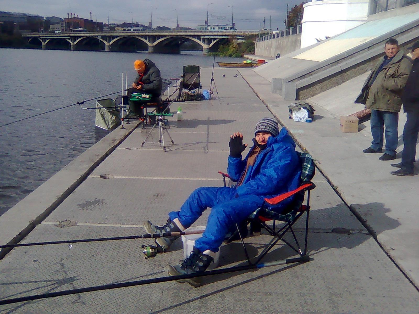 http://s8.uploads.ru/GyPlb.jpg