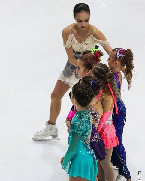 Алина Ильназовна Загитова-2 | Олимпийская чемпионка - Страница 6 NAHrk