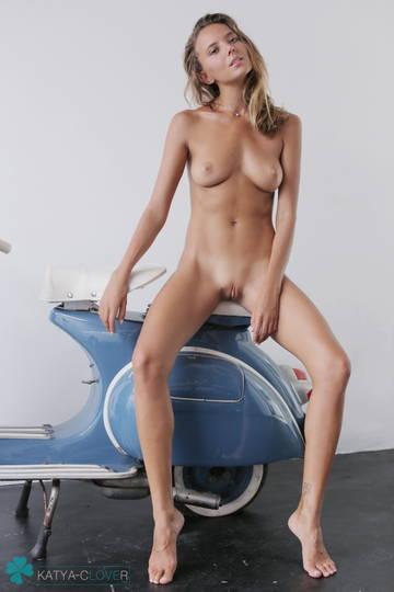 http://s8.uploads.ru/t/MGq97.jpg