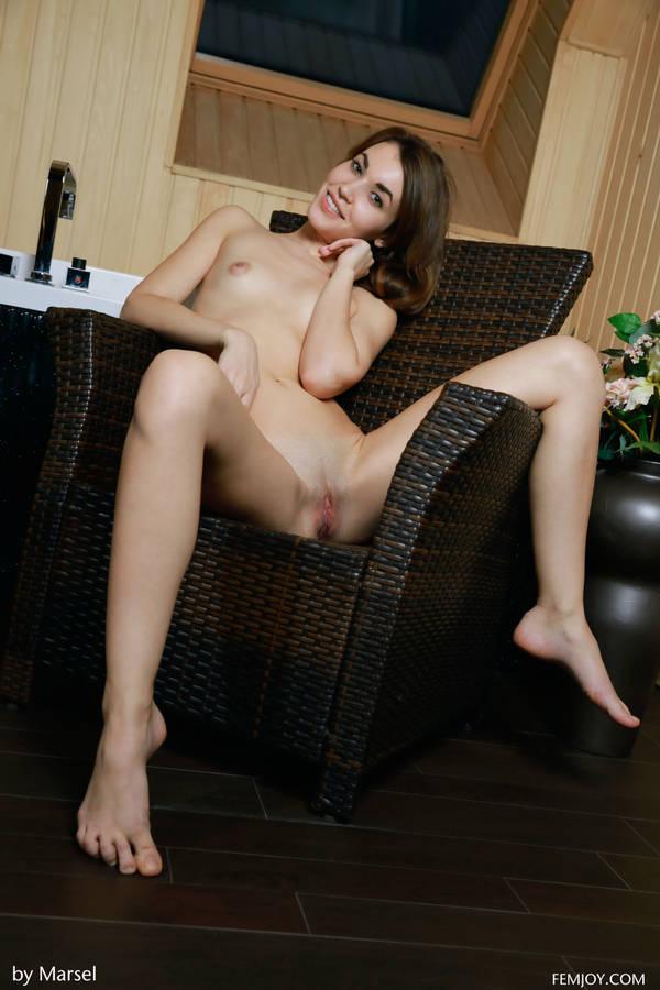 http://s8.uploads.ru/t/Uc7o2.jpg