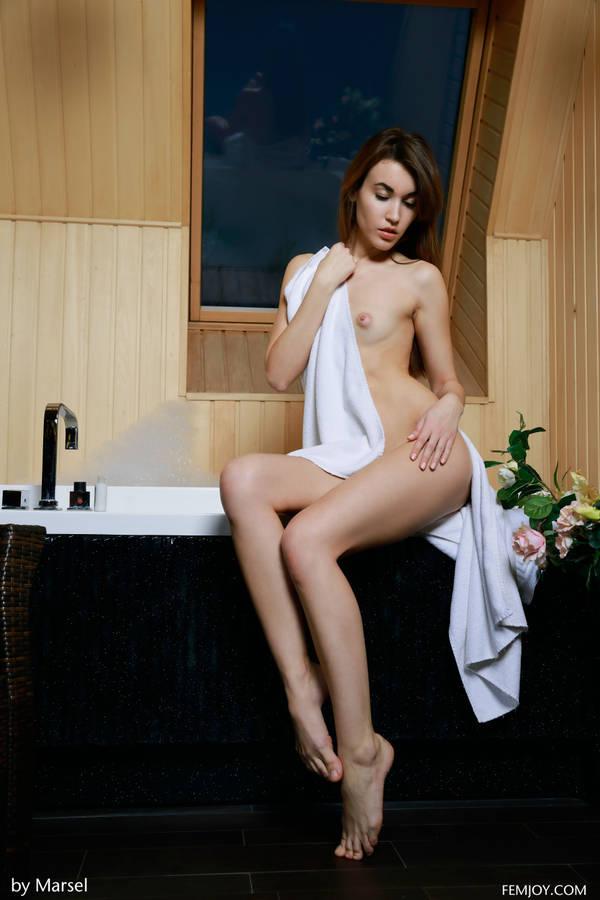 http://s8.uploads.ru/t/hN5Kj.jpg