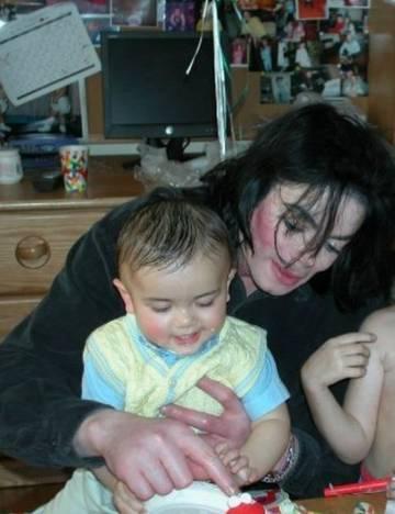 Дети Майкла: Его дети - наши дети...