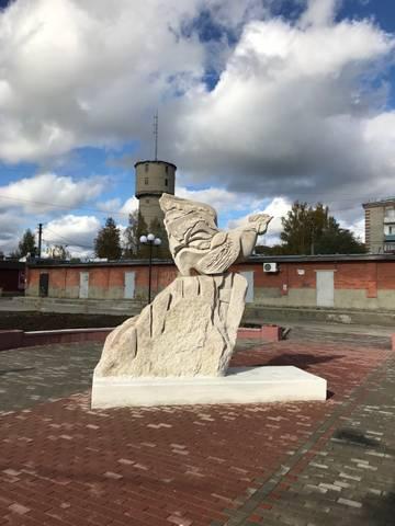 Памятник в Петушках
